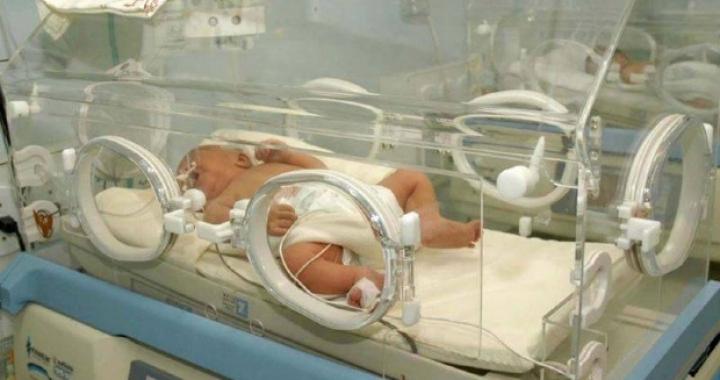 Recém-nascidas conseguem na justiça vaga em UTI Neonatal em MT
