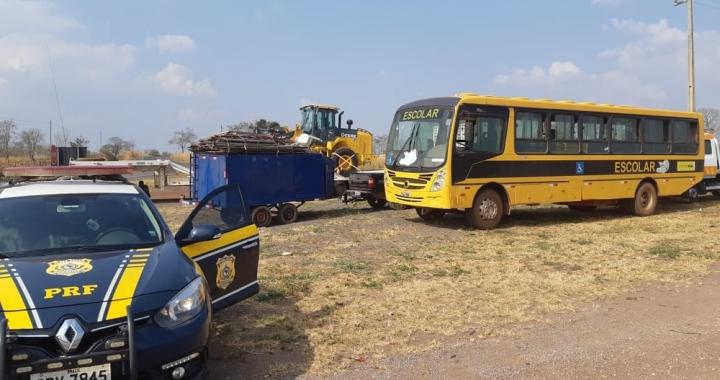 Ônibus escolar de Jangada (MT) é apreendido por irregularidades na documentação e motorista não habilitado
