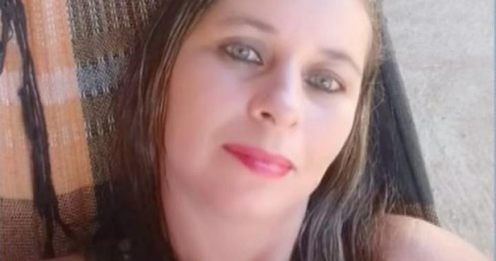 Marido é preso suspeito de matar e enterrar corpo de mulher no quintal de casa em MT