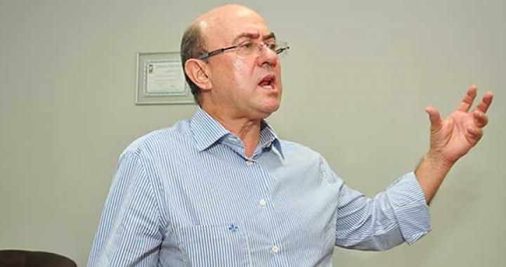 Delação de José Riva tem 58 anexos e atinge políticos, empresários e membros do Judiciário.