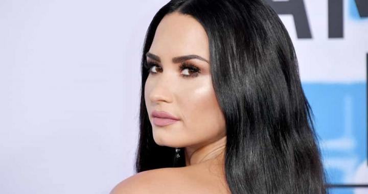 Demi Lovato gasta sete milhões de dólares em nova mansão