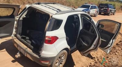 Um veículo que havia sido furtado na zona urbana de Guarantã foi recuperado na linha 22.