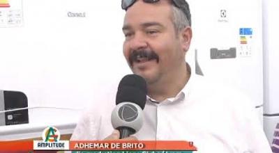 LIONS CLUBE ENTREGA GELADEIRA AO GANHADOR DE JUARA DA CAMPANHA NATAL SOLIDÁRIO